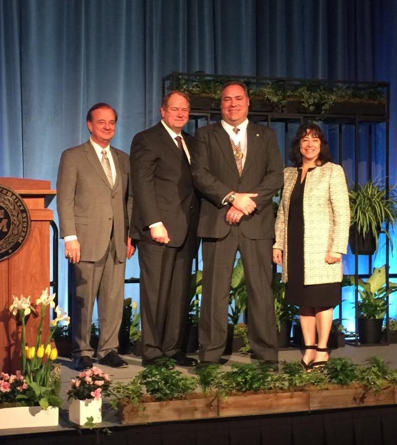 <p>Donald Galloway of Texas A&amp;M Forest Service was awarded the 2017 Regents Fellow Service Award from the Texas A&amp;M University System Board of Regents.&#160;</p>