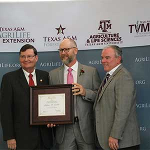 <p>Texas A&amp;M AgriLife has awarded Andrew Crocker, Staff Forester for Texas A&amp;M Forest Service, the 2017 Vice Chancellor's Award in Excellence for Pubic Service in Forestry.</p>