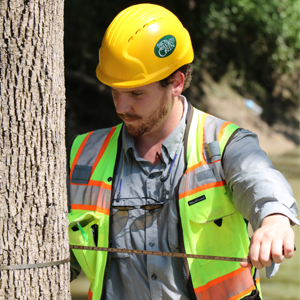 <p>   June 27, 2018 — HOUSTON, Texas — Months after the storm, Hurricane Harvey may still be causing damage. Urban Forest Strike Team members from across the nation examined trees in Harris County Bear Creek Park this week for effects of prolonged flooding. 